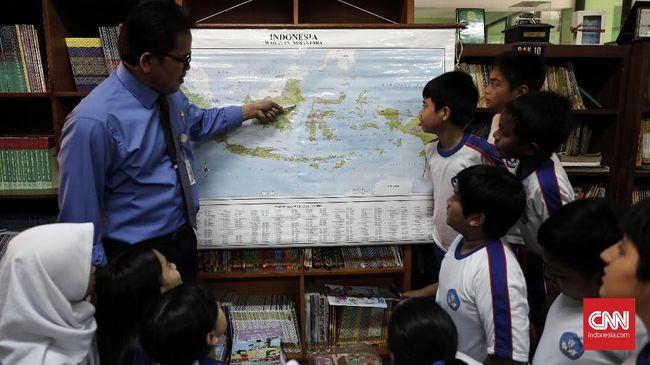 Kurikulum baru akan diterapkan secara terbatas. Sekolah juga masih dibolehkan memakai kurikulum 2013.