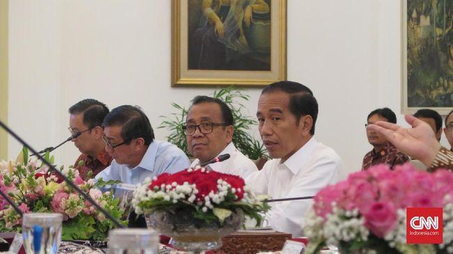 Pemindahan kantor presiden disebut pernah dilakukan Presiden Susilo Bambang Yudhoyono ketika bencana Gunung Merapi, 2010 silam.