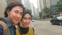 <p>Meski sibuk syuting, Agus Kuncoro tetap menyempatkan liburan bersama keluarga. (Foto: Instagram @anggiakuncoro)</p>