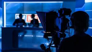 Penyiar Berita TV Hina Rekan Mirip Gorila Saat Siaran