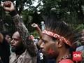 Massa Rusuh di Jayapura, Petugas Tembakkan Gas Air Mata