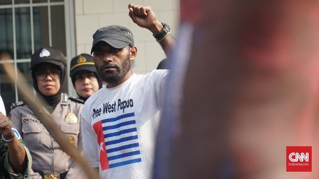 Polisi melepas 54 peserta RDP Majelis Rakyat Papua yang sempat ditangkap lantaran kurangnya bukti dugaan makar.