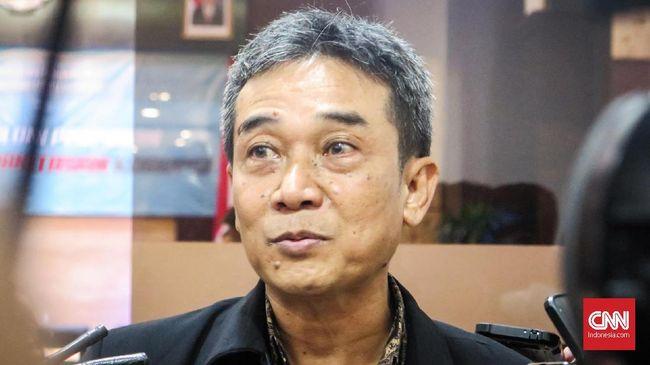 Pegawai KPK yang menerima Satyalancana Wira Karya dari Presiden Jokowi mengaku tidak lulus tes wawasan kebangsaan.