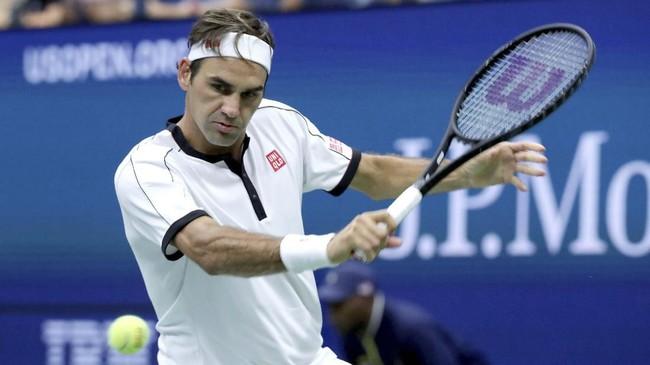 Novak Djokovic dan Roger Federer berhasil lolos ke babak ketiga US Open. Berikut foto-foto terbaik dari aksi mereka.