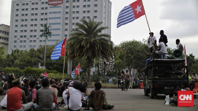 Kantor Staf Presiden (KSP) menyatakan pengibaran bendera Bintang Kejora di KJRI Melbourne, Australia tak bisa dibenarkan.