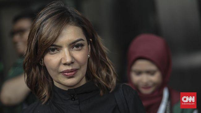 Najwa Shihab mengatakan berat sekali usaha menjernihkan ruang publik dari distorsi dan manipulasi jika banyak pejabat gampang termakan informasi palsu.