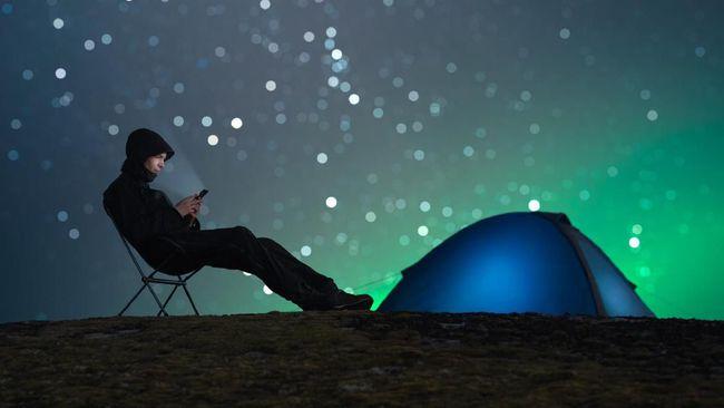 Hasil penelitian terbaru menyebut mode malam pada handphone (hp) malah mengganggu jam biologis waktu tidur manusia.