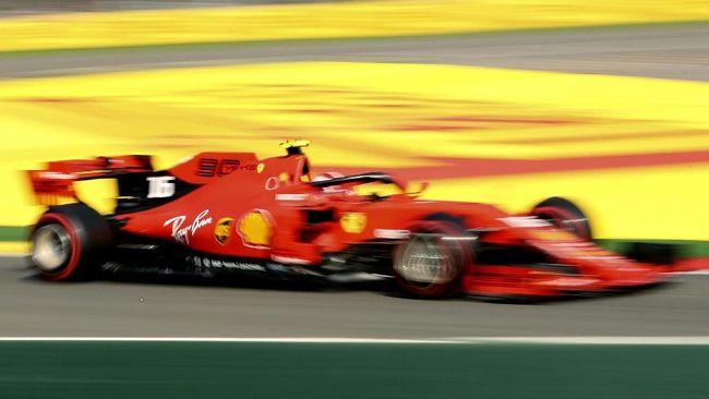 Charles Leclerc mengalahkan Sebastian Vettel meraih pole position pada kualifikasi F1 GP Belgia di Sirkuit Johnnie Walker, Sabtu (31/8).