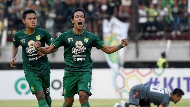 Persebaya Surabaya mengakhiri catatan lima laga tanpa kemenangan usai mengalahkan PSM Makassar 3-2 di Liga 1 2019.