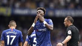Top Skor Liga Inggris: Wonderkid Chelsea Tempel Aguero