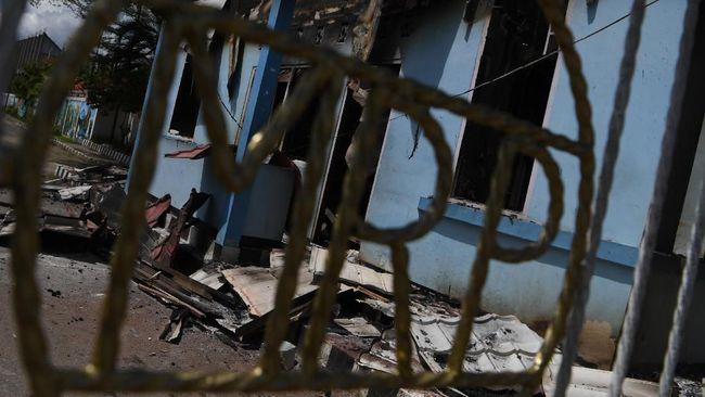 Sebuah gereja di kawasan Optiwak, Distrik Tembagapura disebut dibakar pada 12 Maret, oleh Kelompok Kriminal Bersenjata di Papua.