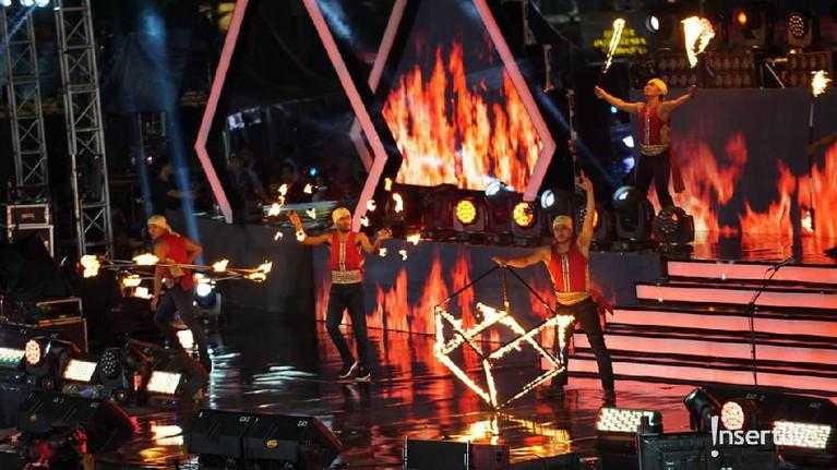 Hiburan Fire Dance juga ditampilkan dalam acara Jakarta Muharram Festival dan disambut meriah oleh masyarakat.