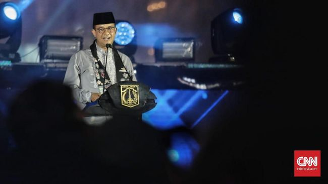 Di hadapan ribuan peserta obor, Gubernur DKI Jakarta Anies Baswedan berharap acara peringatan Tahun Baru Islam bisa dijaga dan dikembangkan.