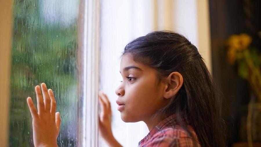 Pelajaran dari Film Gundala Putra Petir, Ajari Anak Tak Takut Petir