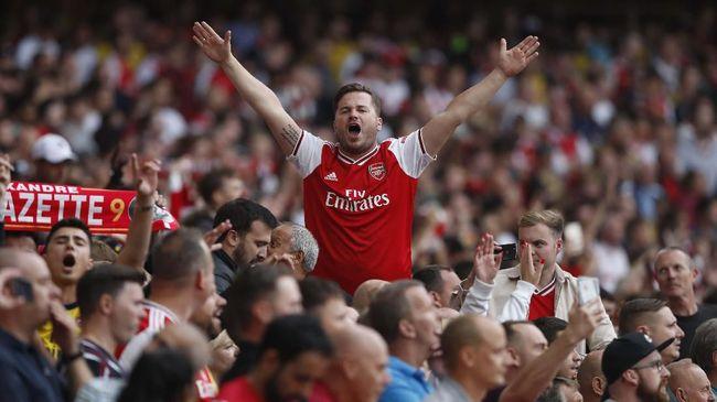 Suporter Liga Inggris diizinkan untuk menyaksikan pertandingan secara langsung di stadion mulai 2 Desember 2020.