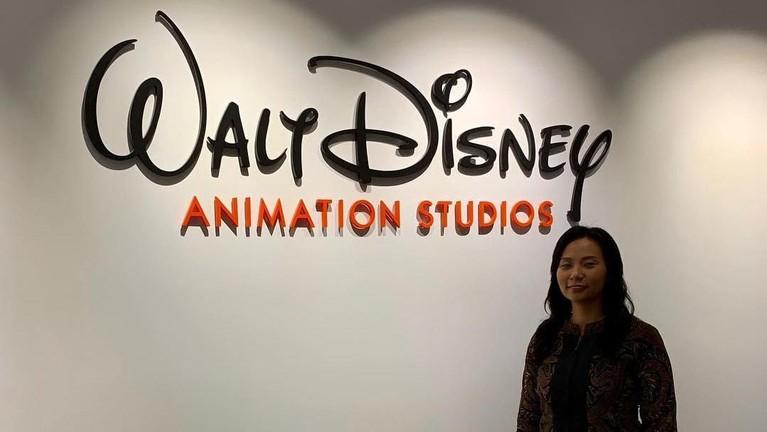Atas undangan itu, Livi Zheng pun mendapatkan tawaran untuk menjadi Konsultan untuk Asia Tenggara Walt Disney Animation Studios, Amerika Serikat.