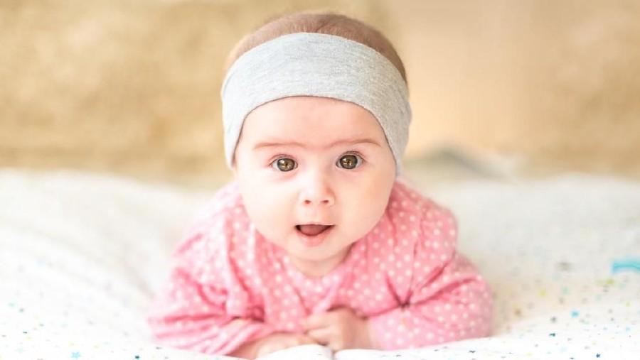 20 Nama Bayi Perempuan dan Laki-laki Terpopuler di Inggris