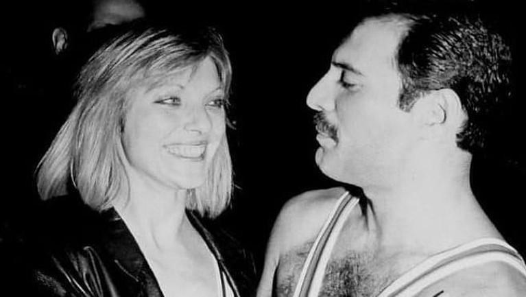 Selain itu, Marry juga menjadi orang pertama yang mengetahui jika Freddie mulai tertarik dengan laki-laki dan mengidap HIV AIDS. Sejak itu, Marry juga setia merawat Freddie.
