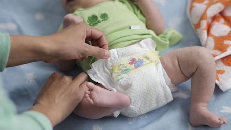 Cara Tepat Mengganti Popok Bayi dengan Higienis