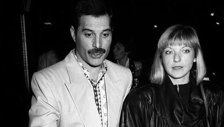 Marry sendiri merupakan sosok yang penting dari terbentuknya band legendaris, Queen. Pasalnya Marry merupakan salah satu tokoh yang berperan dan membantu kesuksesan karier Queen.