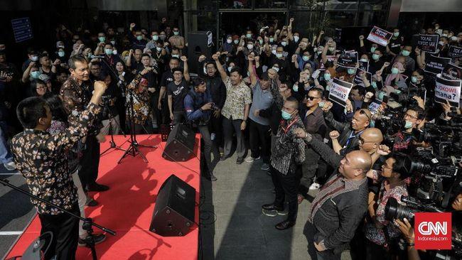 Lima pimpinan KPK sudah menandatangi surat penolakan revisi Undang-undang KPK dan akan dikirimkan ke Presiden Jokowi.