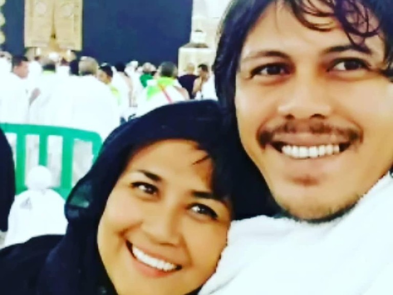Usai melangsungkan pernikahan, keduanya diketahui pergi umrah sekaligus berbulan madu ke Tanah Suci dan Mesir.