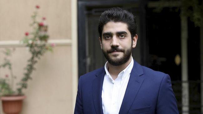 Abdullah Mursi, anak bungsu mendiang mantan presiden Mesir, Muhammad Mursi, dilaporkan meninggal diduga karena serangan jantung.