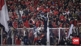 Parodi Indonesia Raya dan Bentrok Suporter Indonesia-Malaysia