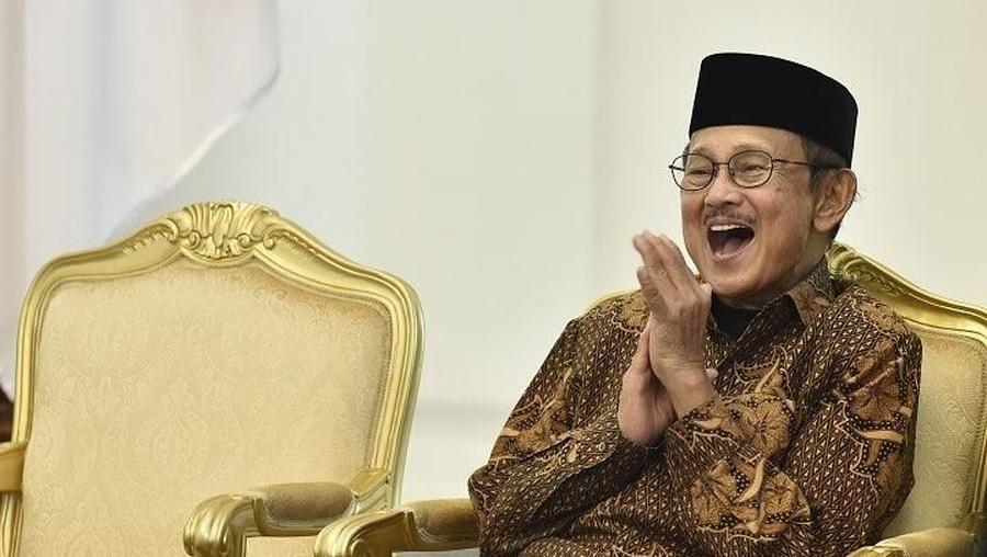 Presiden ke-3 BJ Habibie Dirawat Intensif di RSPAD Gatot Soebroto