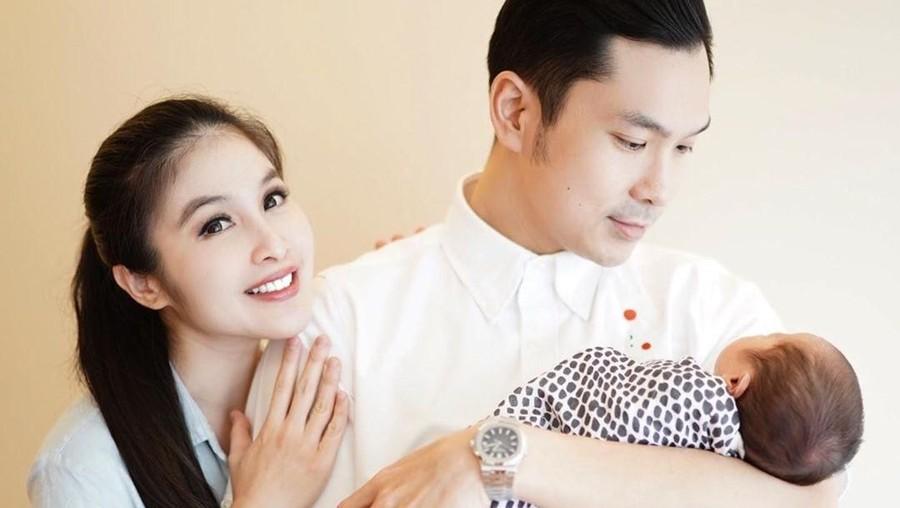 Keajaiban di Balik Kelahiran Anak Kedua Sandra Dewi
