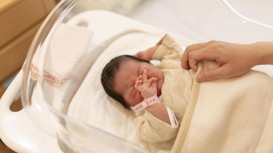 Bayi Baru Lahir Menangis Tanpa Air Mata, Ini Penjelasan Ilmiahnya