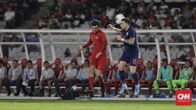 Timnas Indonesia dipermalukan Thailand dengan skor 0-3 pada laga Kualifikasi Piala Dunia 2022 zona Asia di Stadion Gelora Bung Karno, Jakarta, Selasa (10/9).