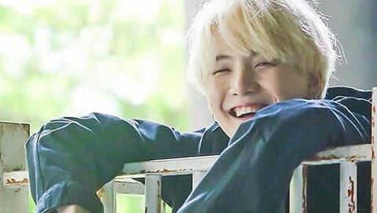 Deretan idol grup asal Korea Selatan ini berhasil menjadi nominasi sebagai pria tertampan di dunia. Siapa saja mereka? Yuk, intip!
