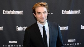 Robert Pattinson Nilai Tenet Film yang Rumit