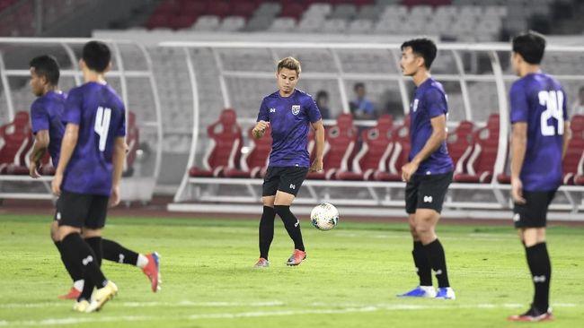 Pemusatan latihan (TC) Timnas Thailand dihentikan sementara setelah pemain putra dan putri dinyatakan positif Covid-19.