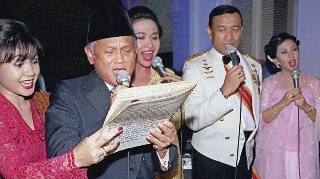 Wiranto mengatakan BJ Habibie tidak ngotot menjadi presiden pada 1999, Yusril menyebut sering dianggap sebagai anak oleh BJ Habibie