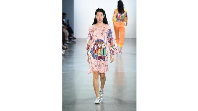 Empat desainer Indonesia unjuk gigi di ajang New York Fashion Week: The Shows, yaitu 2Madison Avenue, Yogiswari P, Ayumi, dan Julianto.