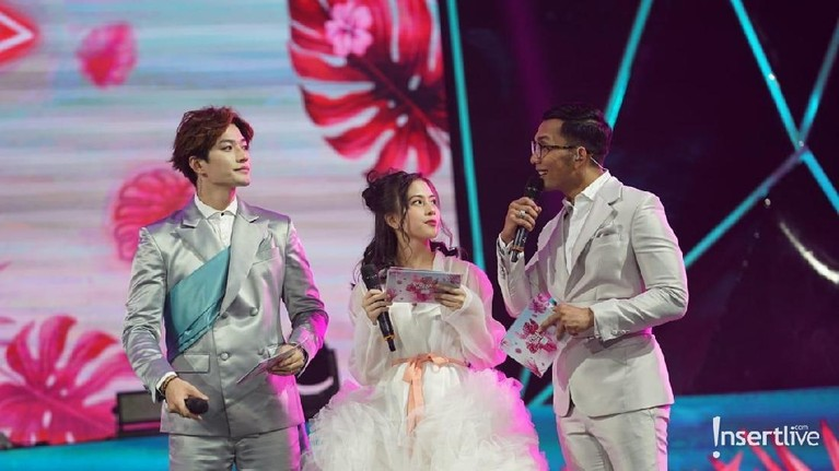 Korean Wave 2019 sukses dipandu Zara, Lee Jong Hoon, dan Indra Herlambang.