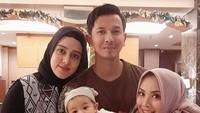 <p>Aih, adem banget melihat kompaknya keluarga ini. (Foto: Instagram/ @elmatheana)</p>