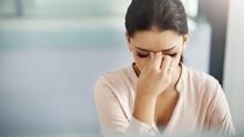 Tanda Sakit Kepala Tak Biasa dan Harus Dibawa ke Dokter
