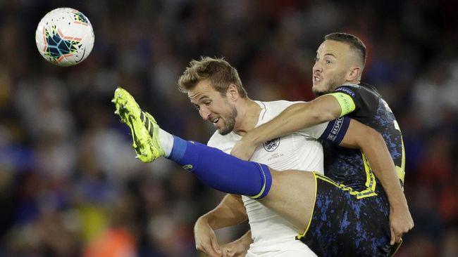 Pelatih timnas Inggris Gareth Southgate optimistis Hary Kane bisa melampaui rekor gol Wayne Rooney bersama The Three Lions.
