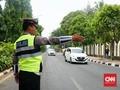 Buruh Terjun Aksi ke Gedung DPR, Arus Lalu Lintas Dialihkan