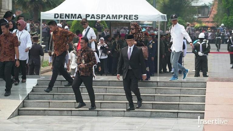 Gubernur DKI Jakarta, Anies Baswedan terlihat menghadiri pemakaman BJ Habibie.