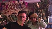 <div>Sering memerankan ayah muda di sinetron, ternyata putra pertama Aditya, Joureal sudah beranjak dewasa. . (Foto: Instagram @adityaherpavi_r)</div>
