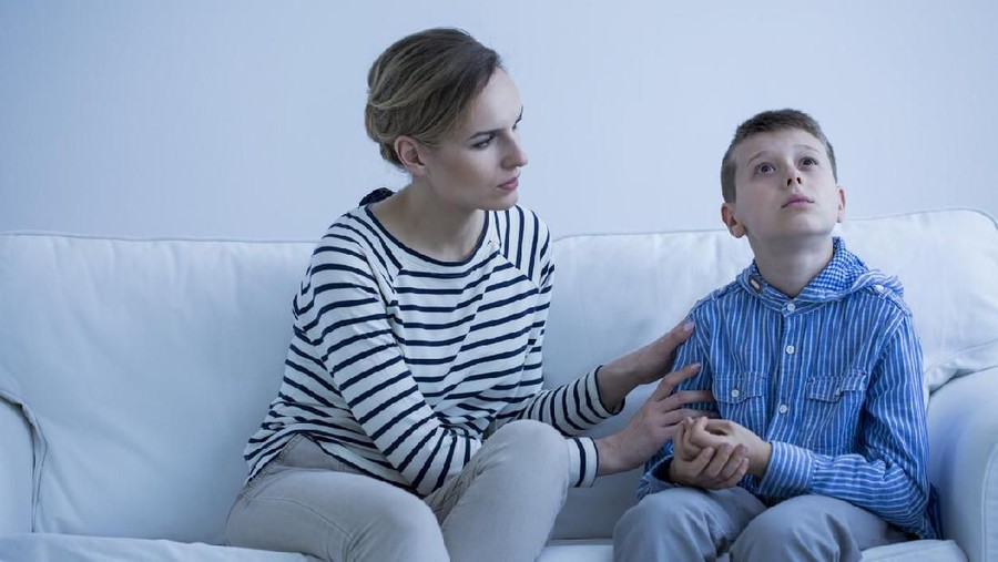 Perlukah Anak Autis Mengonsumsi Obat?