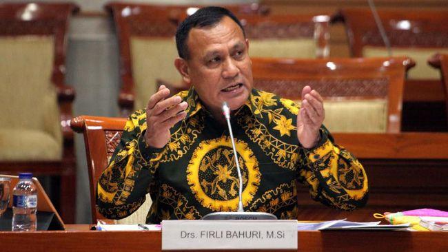 ICW menilai banyak catatan negatif yang dibiarkan sejak tahap awal seleksi calon pimpinan KPK hingga pemilihan Irjen Firli Bahuri di DPR pada Jumat dini hari.