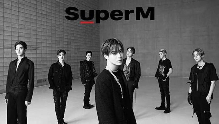 Salah satu boyband besutan SM Entertainment yaitu SuperM, baru-baru ini harusnya mereka memiliki jadwal untuk membuat sebuah acara reality show sendiri. Namun, karena kabar kematian Sulli ini mencuat, mereka harus membatalkan hal tersebut dan menjadwalkan kembali acara mereka.