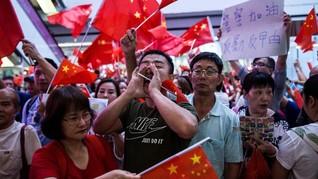 Pedemo Hong Kong Serukan Dukungan bagi Demonstran Indonesia