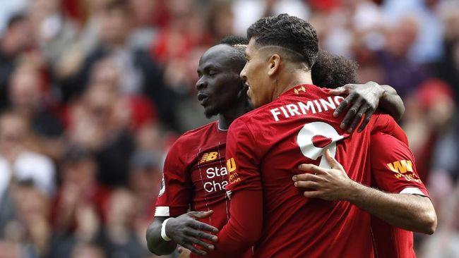 Trio lini depan Liverpool, Sadio Mane, Mohamed Salah, dan Roberto Firmino tidak hanya giat mencetak gol tetapi juga sering buang peluang.
