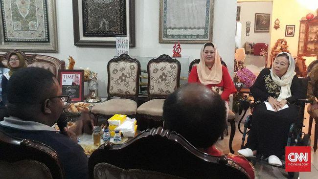 Putri Gus Dur Alissa Wahid dan Anita Wahid menyayangkan sikap Presiden RI Joko Widodo terhadap permasalahan KPK belakangan ini.
